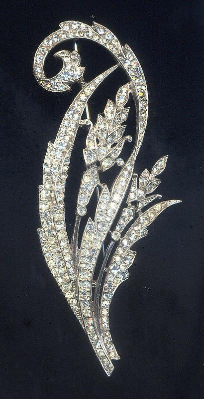 OLD TRIFARI RHINESTONE BROOCH
