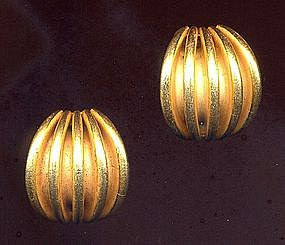 MIRIAM HASKELL BUTTON EARRINGS