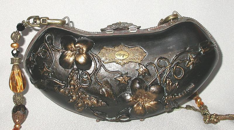 BLACK ORNATE PURSE BY MAYA