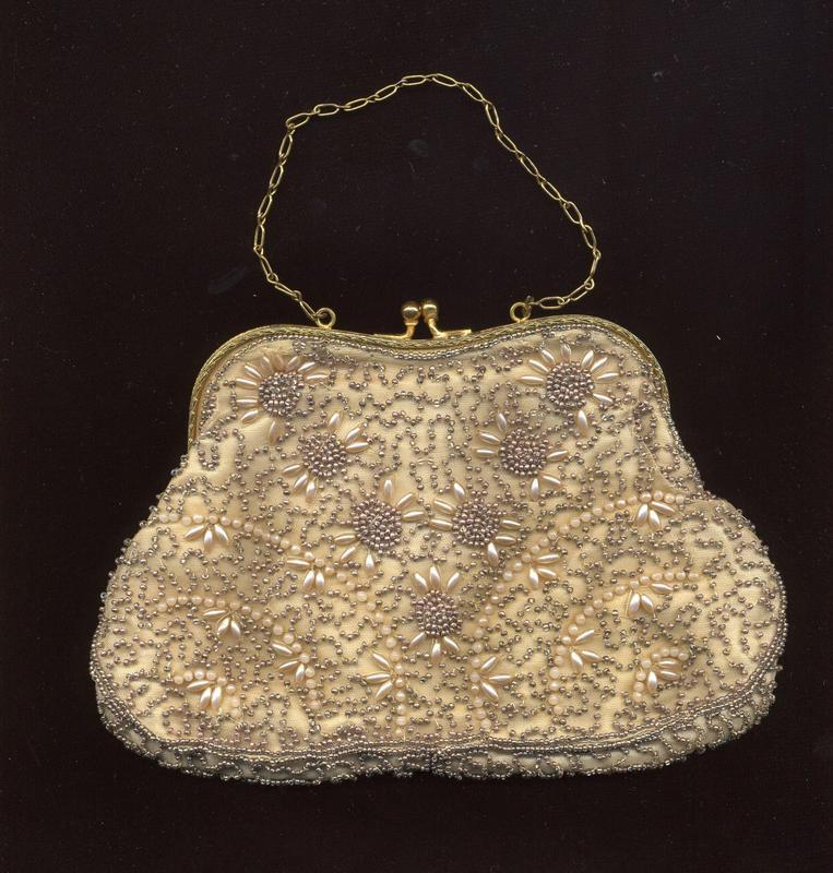 PEARL AND BEAD PURSE