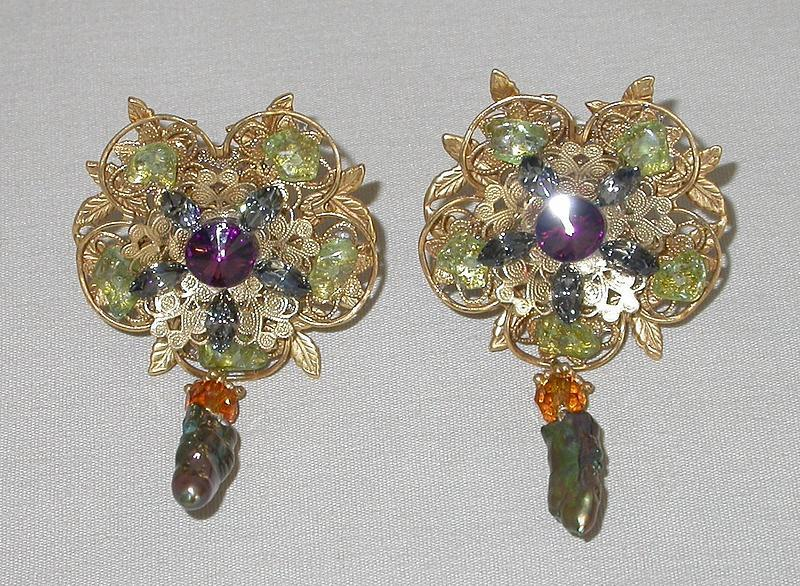 MAYA FLORAL EARRINGS