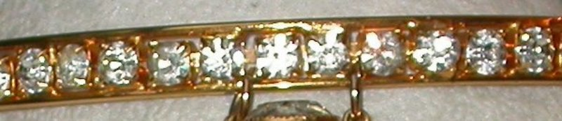 DE LILLO GOLD AND RHINESTONE NECKLACE