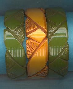 SET OF THREE BAKELITE BRACELETS