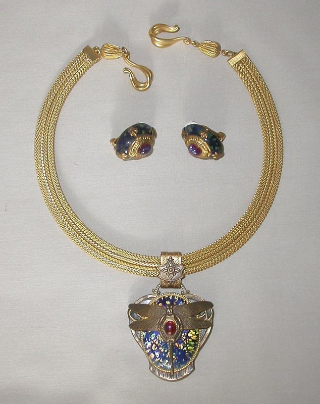 PATRICE MEXICAN OPAL NECKLACE AND EARRINGS