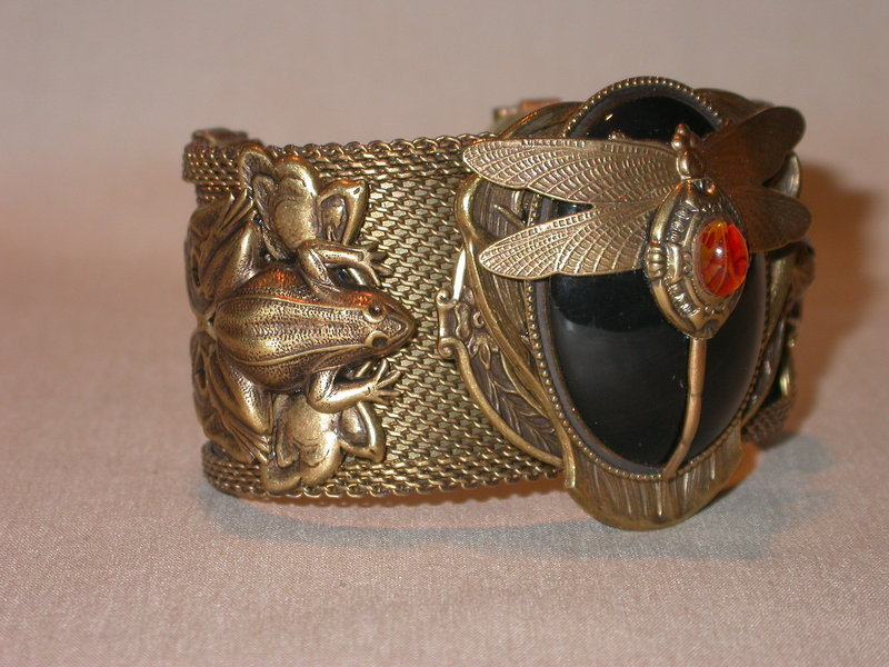 PATRICE AMBER AND ONYX CUFF BRACELET