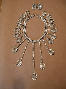 deLILLO CRYSTAL AND RHINESTONE NECKLACE AND EARRINGS