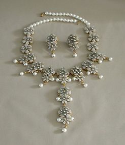 STANLEY HAGLER WHITE AND GRAY PEARL SET