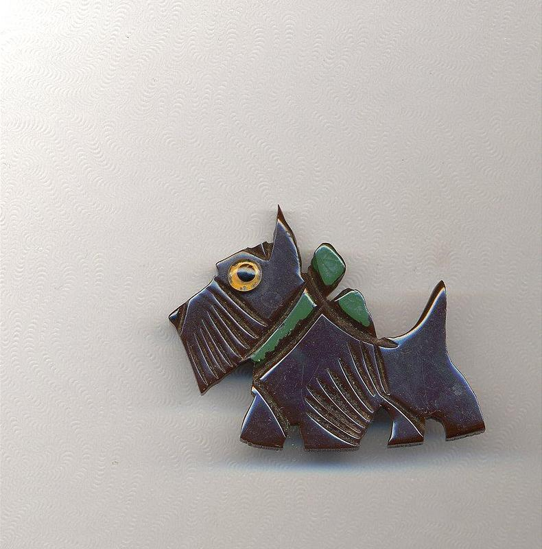 BAKELITE SCOTTIE PIN