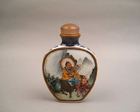 A Finely Qing Dynasty Snuff Bottle
