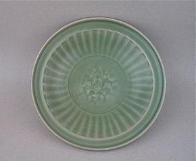 A Good Ming Dynasty Longquan Ware Dish