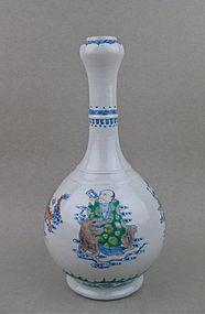 Rare Doucai Garlic Head Vase With Four Immortals Figure