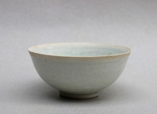 A RARE SONG/YUAN DYNASTY QINGBAI EGG SHELL BOWL
