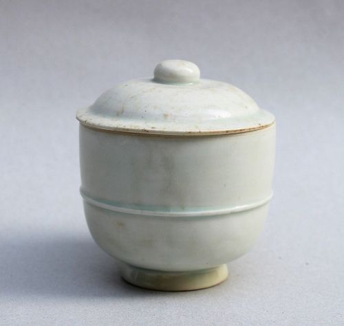 A Song Dynasty Qinghai Bowl and Cover