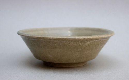 A Southern Song Longquan Guan Type Celadon Washer
