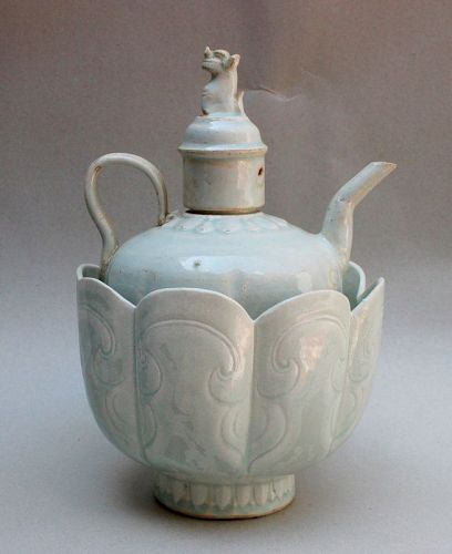 AN ORIGINAL SET OF SONG DYNASTY QINGBAI EWER