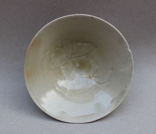SOUTHERN SONG TO YUAN DING TYPE CONICAL BOWL