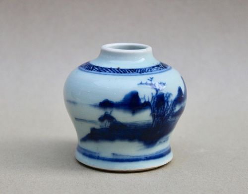 A NICE BLUE AND WHITE JARLET OF QING DYNASTY