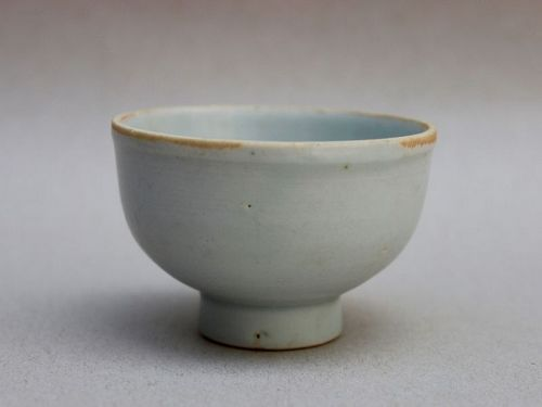 A YUAN DYNASTY WHITE GLAZED QINGBAI CUP