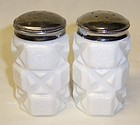 Westmoreland OLD QUILT SALT and PEPPER Shakers