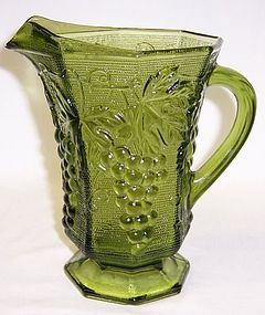 Anchor Hocking VINTAGE Green AVOCADO 6 1/4 Inch JUICE PITCHER