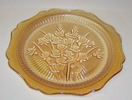 Jeannette Iridescent IRIS and HERRINGBONE 9 1/2 Inch DINNER PLATE