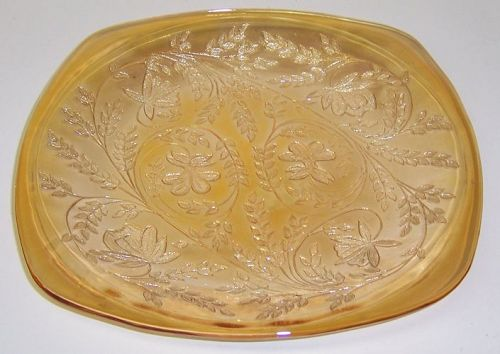Jeannette FLORAGOLD LOUISA 8 1/2 Inch DINNER PLATE