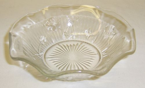Jeannette Crystal IRIS and HERRINGBONE 5 Inch RUFFLED SAUCE BOWL