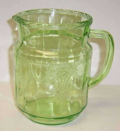 Hocking Green CAMEO BALLERINA 6 Inch 36 Ounce JUICE PITCHER