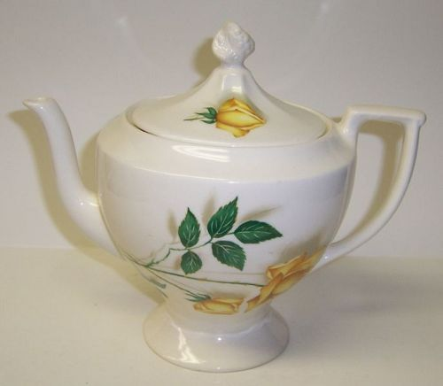 Canonsburg China BERMUDA ROSE 4 Cup TEAPOT with LID