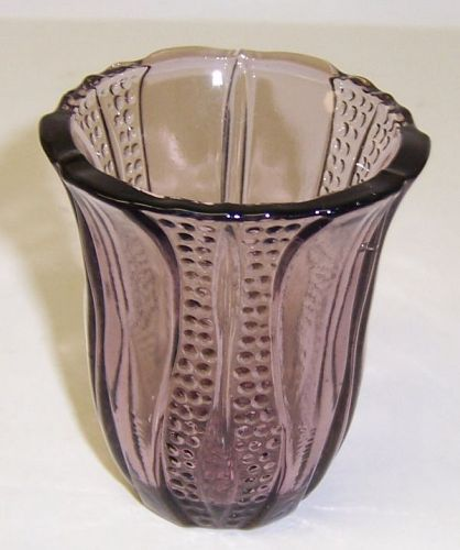 Dell Glass Amethyst TULIP 2 3/8 Inch JUICE TUMBLER or CIGARETTE HOLDER