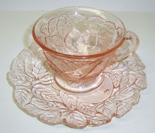 Indiana Pink AVOCADO 'SWEET MEAT' No. 601 CUP and SAUCER