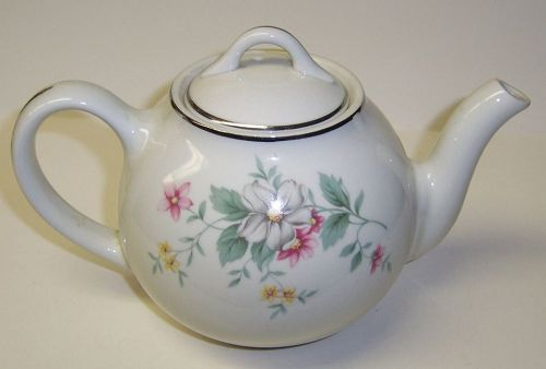 Hall China SPRINGTIME SPRING TIME 4 Cup FRENCH TEAPOT TEA POT