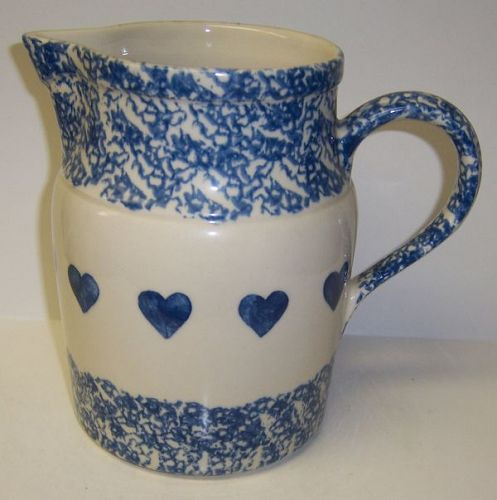 Gerald E. Henn BLUE HEARTS 7 1/2 Inch 72 Oz WATER PITCHER