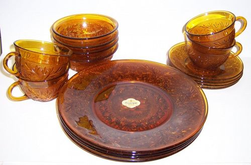 Anchor Hocking Desert Gold SANDWICH 16 Pc LUNCH SET, Orig. Box