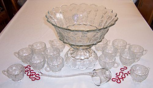 Westmoreland Crystal PANELED GRAPE 17 Pc PUNCH BOWL SET w/Cup Hooks