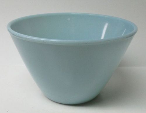 Anchor Hocking Fire King TURQUOISE 7 1/2 In SPLASH PROOF Mixing Bowl