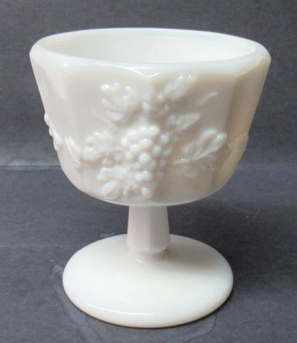 Westmoreland Milk Glass PANELED GRAPE 3 5/8 In Footed SHERBET DISH