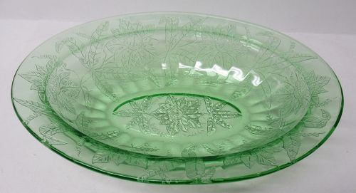 Jeannette Green FLORAL POINSETTIA 9 Inch OVAL SERVING BOWL