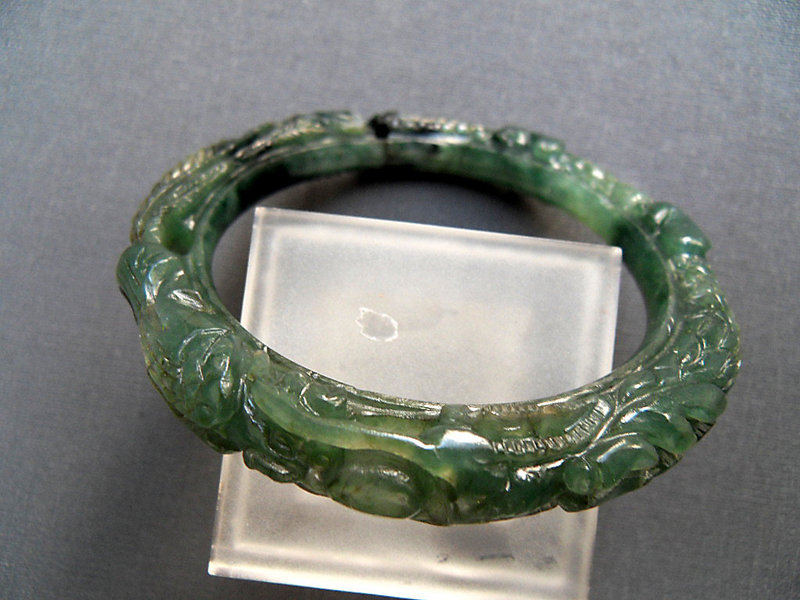 jewelry jade green bracelet collection exclusive horseshoe en asian bracelets