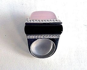 Sterling silver ring with rose quartz and onyx