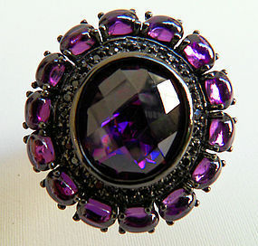 Rhodinated sterling silver ring with amethyst