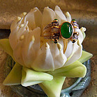Gold Art Deco ring with imperial jade and diamonds