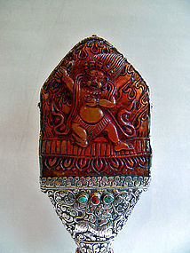 Amber and silver Vighnantaka altar piece
