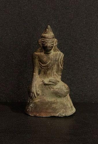 Small bronze Tai Yai Buddha