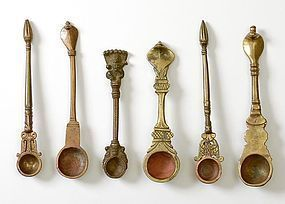 """Collection of 6 Indian Bronze Ritual Spoons """"Pali""""."""