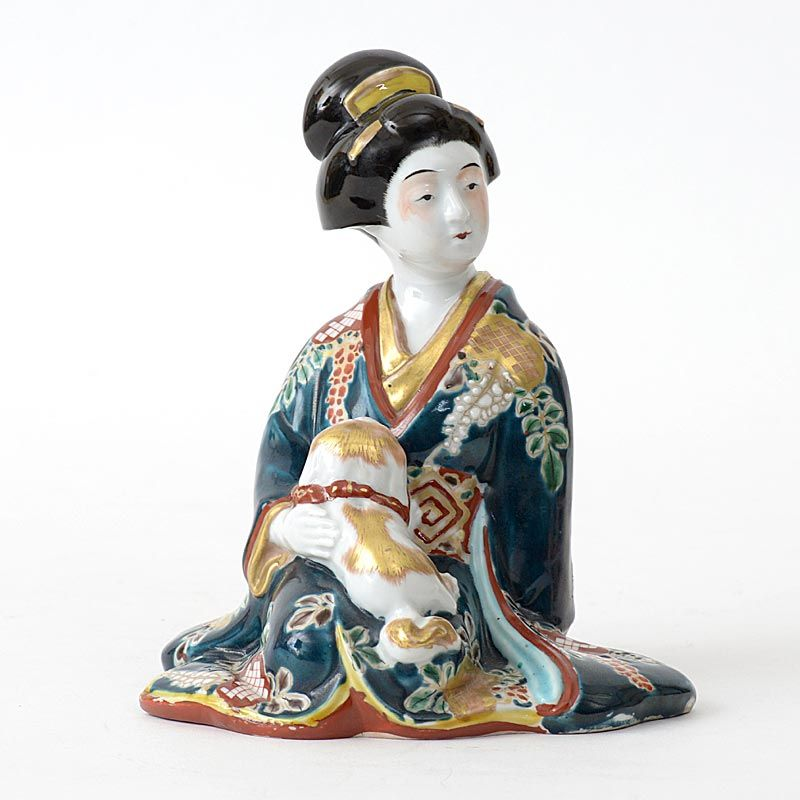 "Antique Japanese Kutani Porcelain Okimono ""Bijin with Puppy"", Meiji."