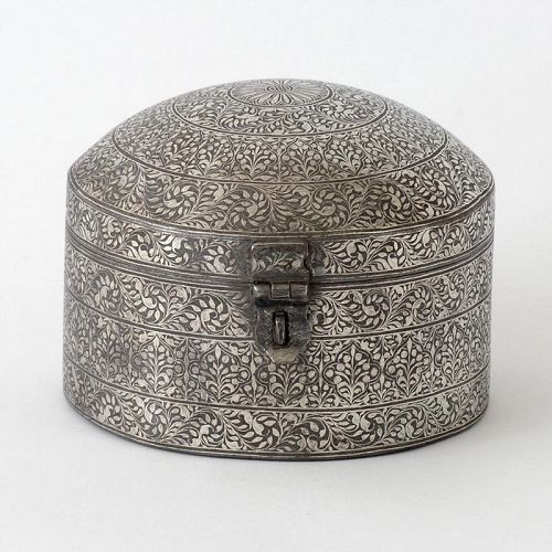 An Antique Koftgari Silver Damascend Steel Pandan Box, North India.