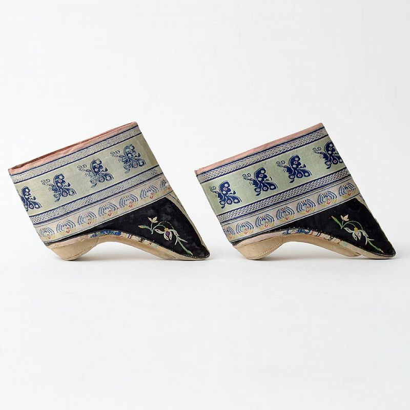 A Pair of Antique Chinese Embroidered Silk Lotus Shoes, Late Qing.