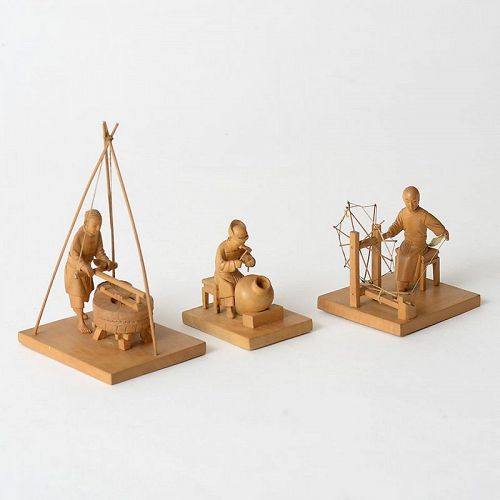 Three Chinese Tushanwan Wood Figurines of Miller & Artisans, c. 1930.