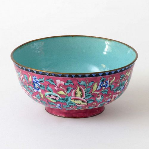Antique Chinese Canton Ruby-Red Enamel Bowl, Qing Dynasty.